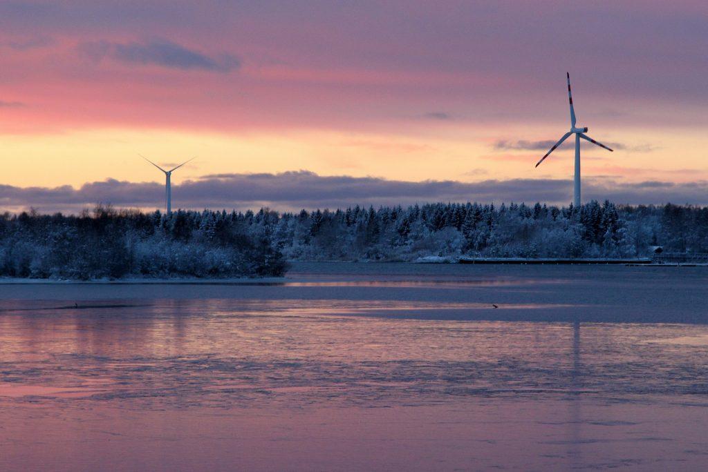 Tuulimyllyjä Suomessa